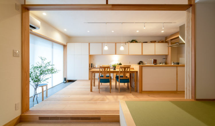 インナーテラスと全室床暖房のある住まい
